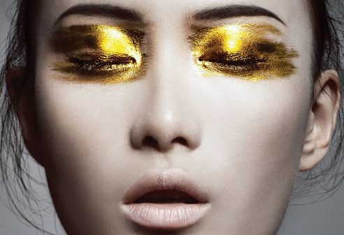 Are You Bold Enough To Try These 15 Statement Eye Makeup Looks? 14