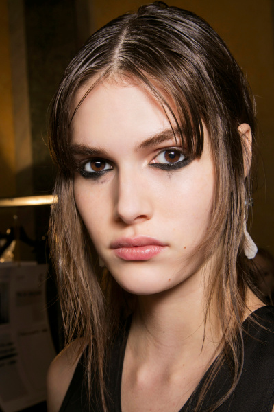 Are You Bold Enough To Try These 15 Statement Eye Makeup Looks? 7