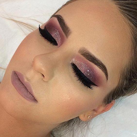 Beautiful makeup looks   burgundy eye makeup look   glitter eye makeup look