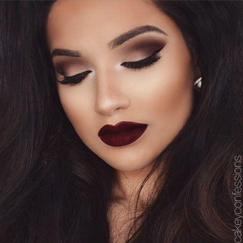 Beautiful makeup looks   dark lips and bold eye makeup look