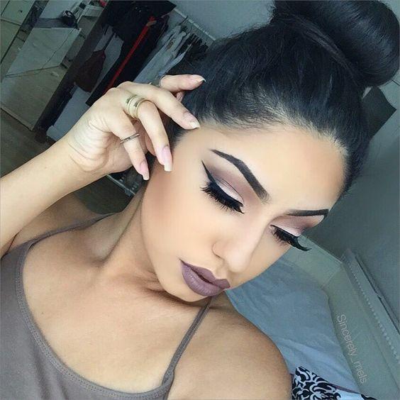 Beautiful makeup looks   cool toned makeup look