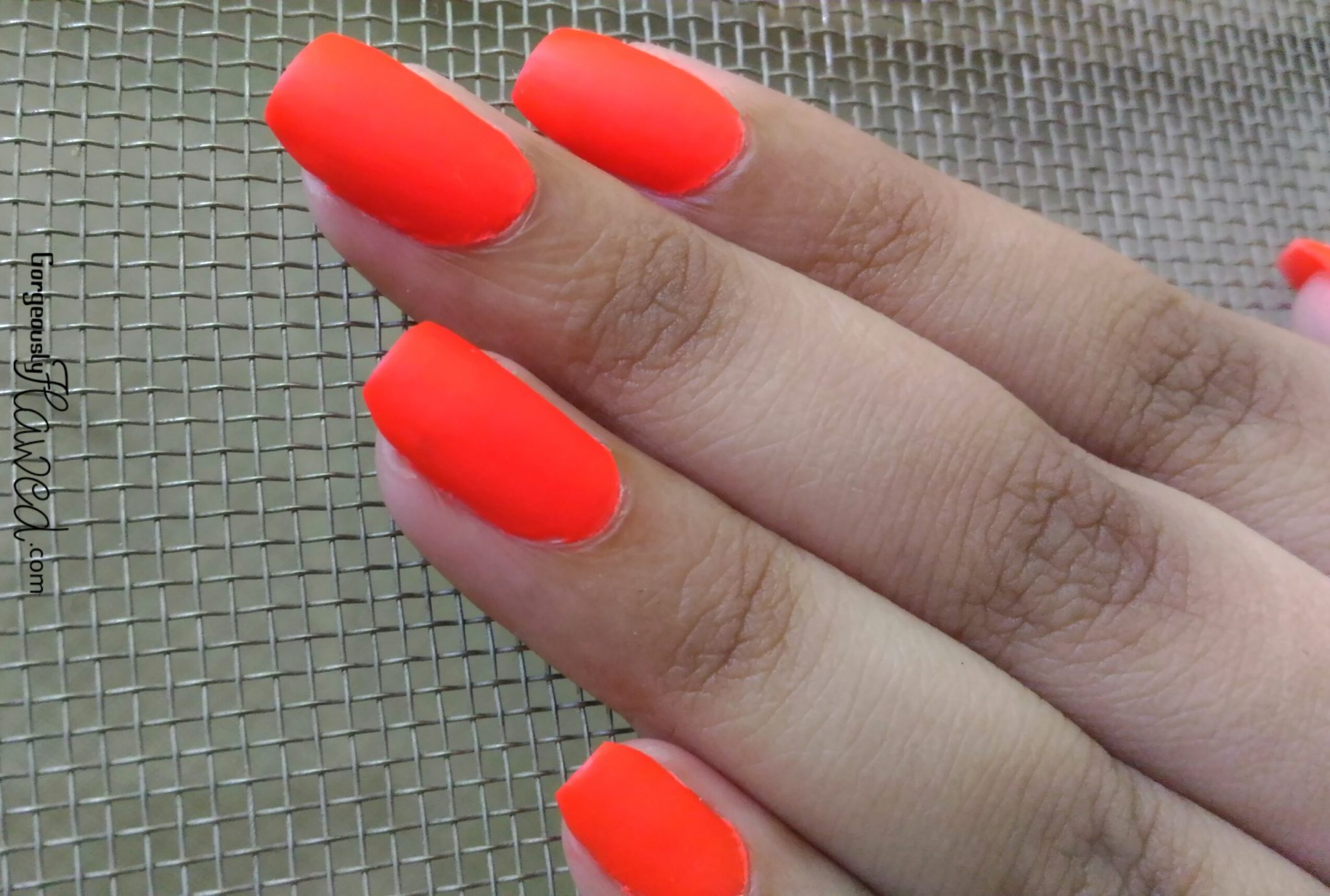Why Are Neon Nail Polishes Matte - Creative Touch