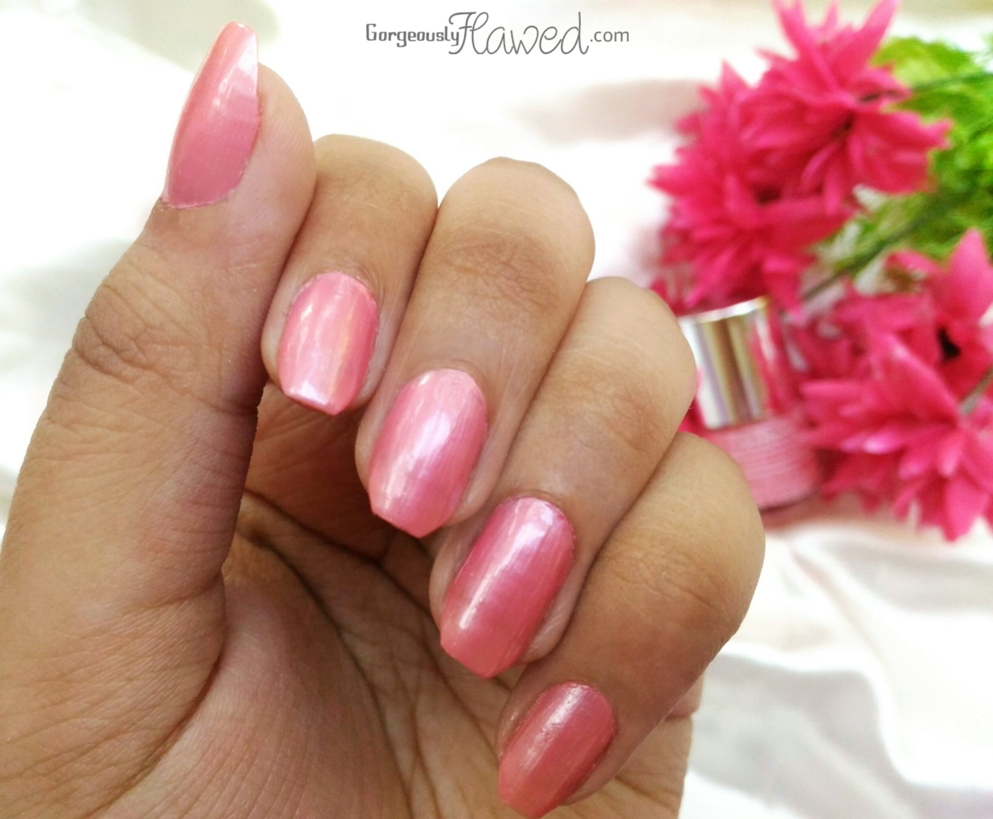 Review Amp Swatches Debelle Gel Nail Lacquer Miss Bliss