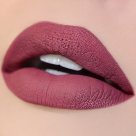 Trendy Lipstick Shades That You Need To Try Out! 5