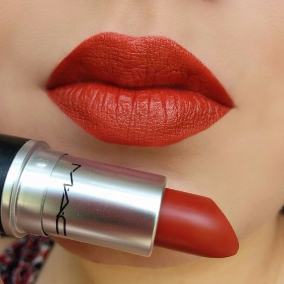 Trendy Lipstick Shades That You Need To Try Out! 3