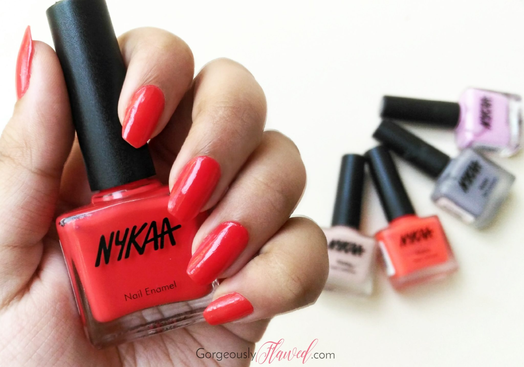 Review & Swatches | Nykaa Floral Carnival Nail Enamel Wild Dahlia 1