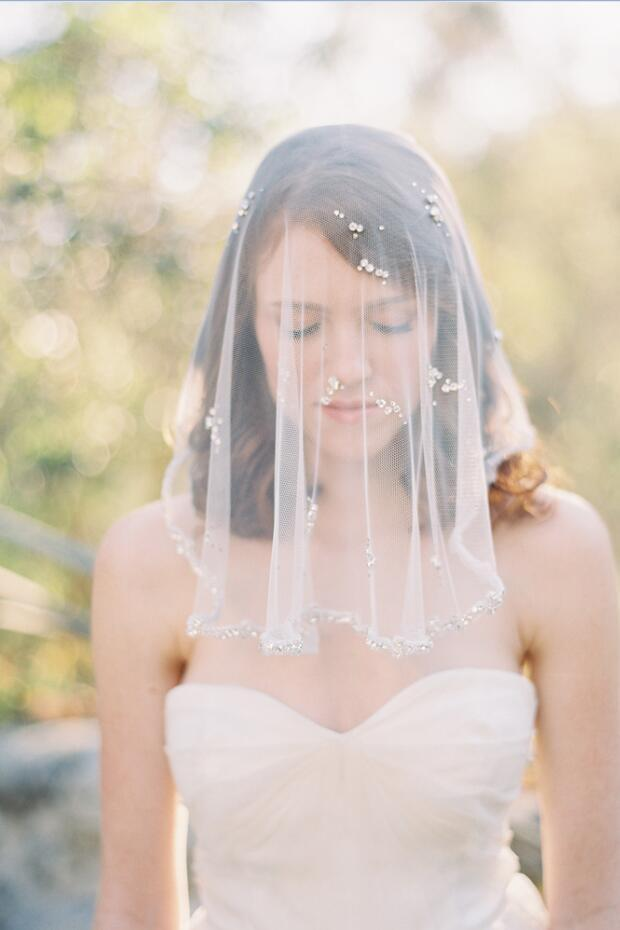 3 Stunning Wedding Veils Designs For Modern Brides