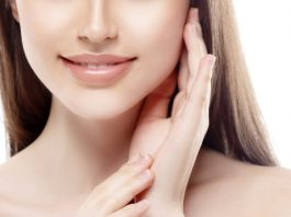 Tea Tree Oil Benefits: 6 Ways It Makes Your Skin & Face Healthy
