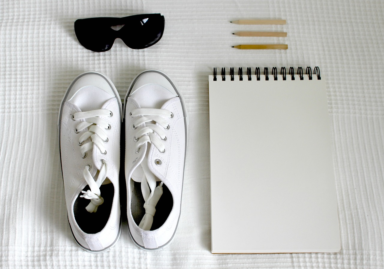 5 Tips On How To Style Your Sneakers This Summer