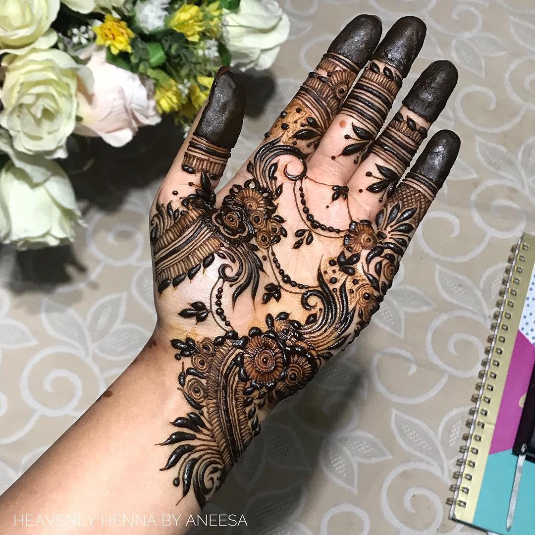 Best Mehndi: 15+ Best Mehndi Designs For Navratri 2018