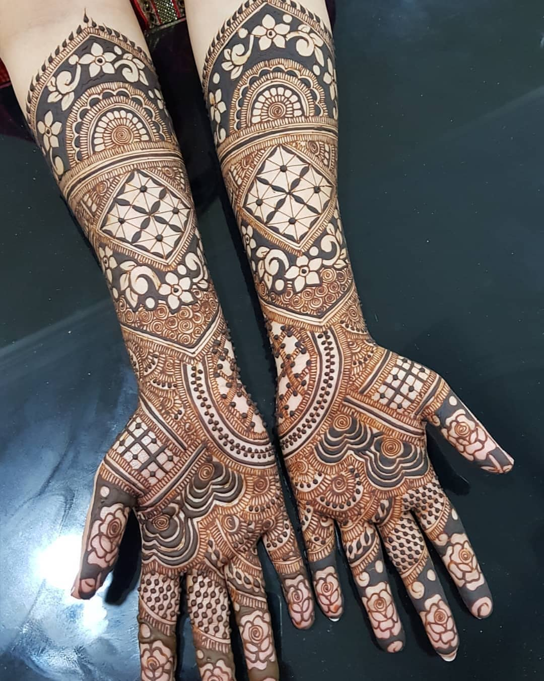 Latest Bridal Mehndi Design 2019