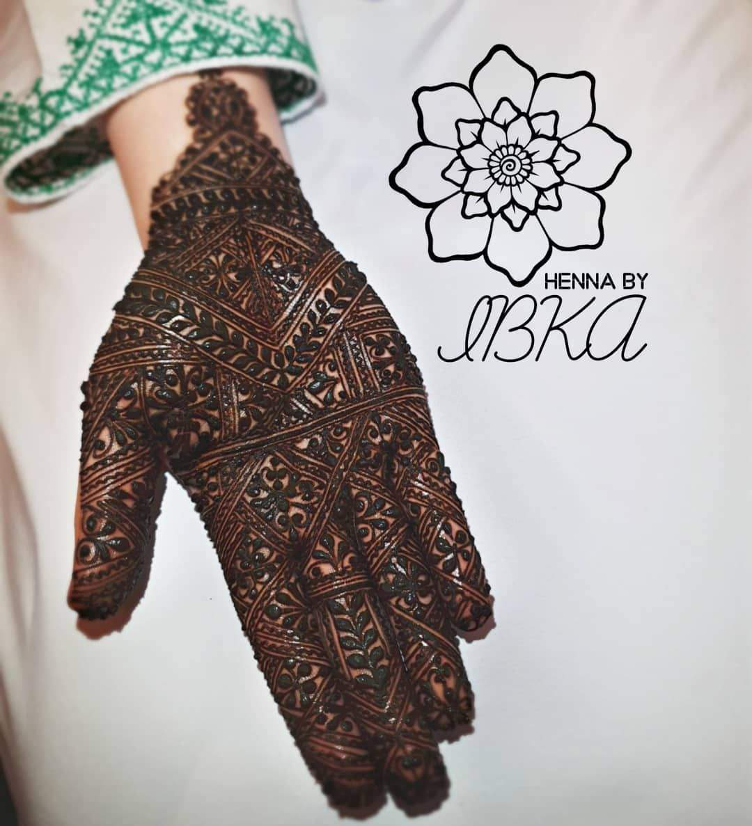 New mehndi designs 2019
