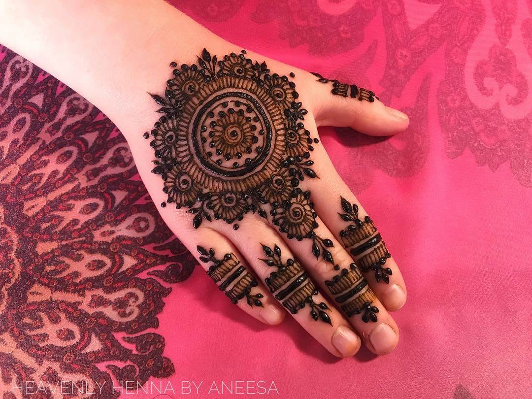 latest Rajasthani mehndi design for bride 2019