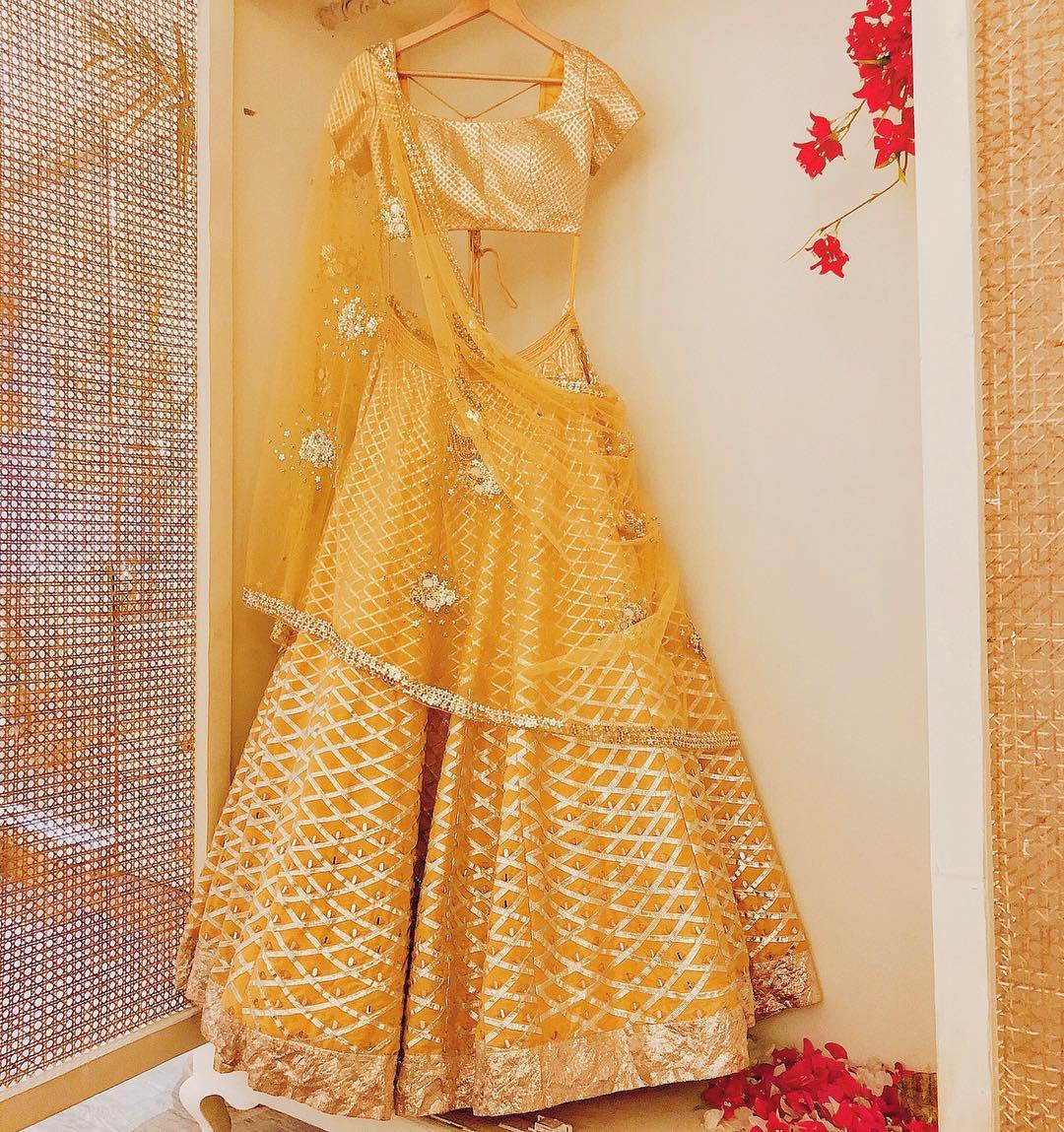 10 Pretty Yellow Lehengas For Your Haldi Outfit Inspiration [2019]