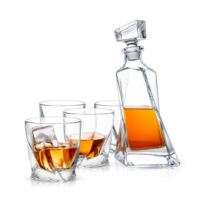 Classy Decanter Set - what to get a guy for valentine's day
