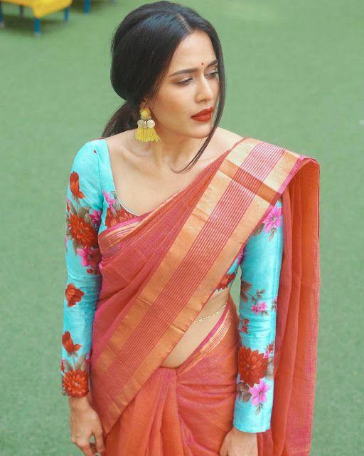 Pradaini Surva - Floral full sleeve blouse design for saree