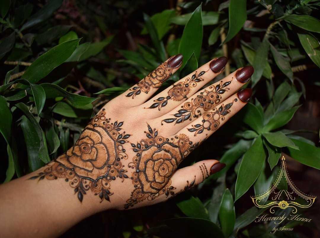 Shaded rose mehendi design arabic