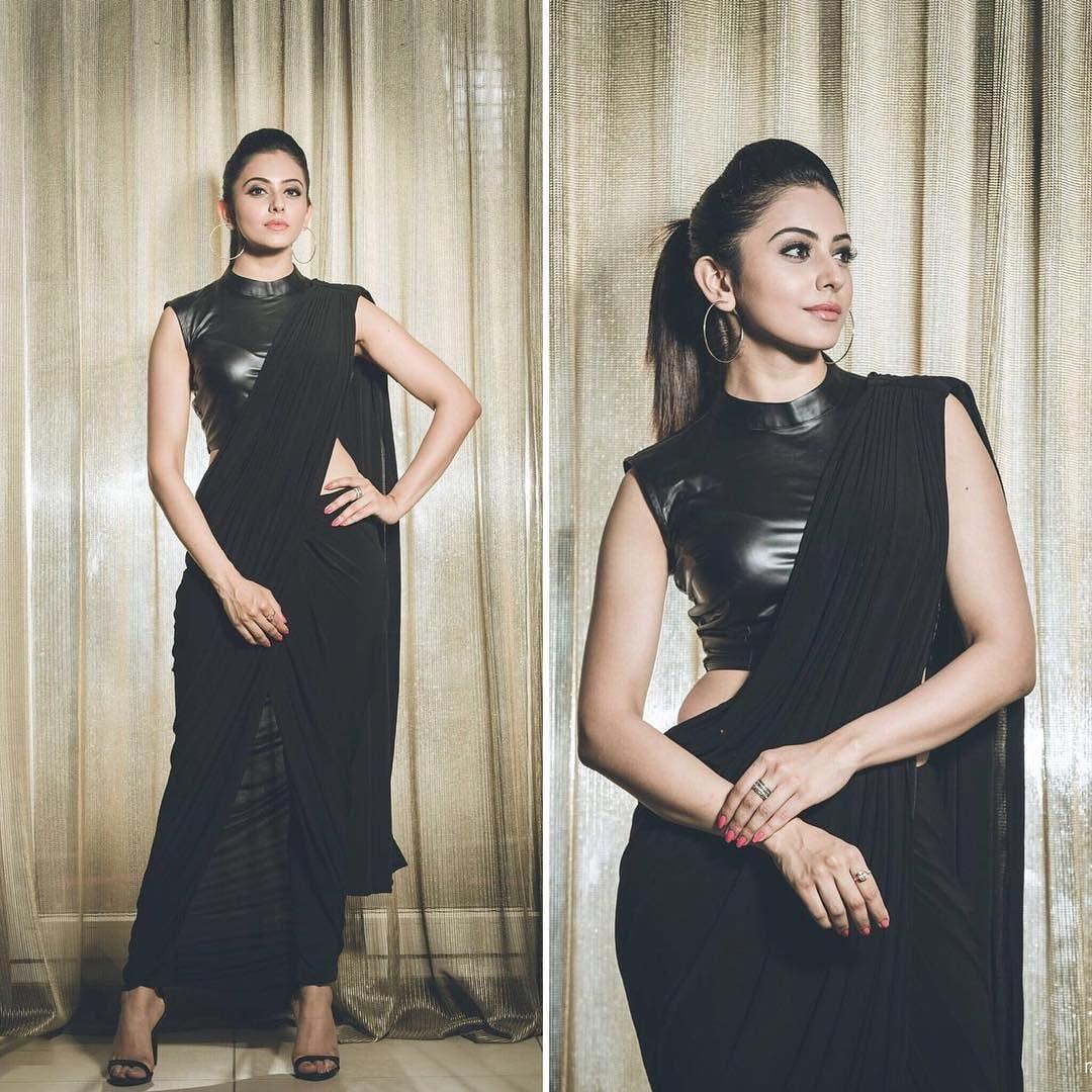 9 Stylish Plain Saree Looks To Inspire You