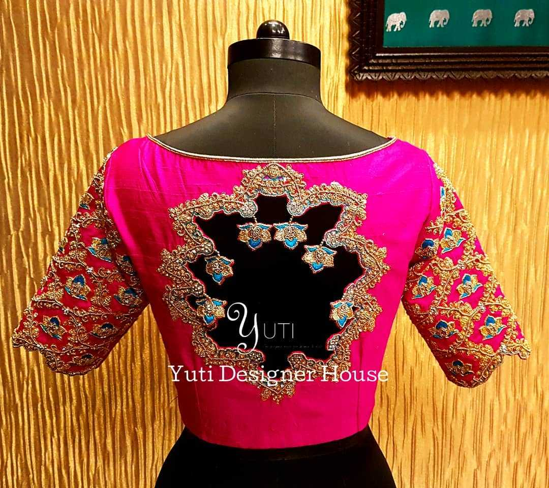 Unique Cut-out Back Design - blouses for silk sarees