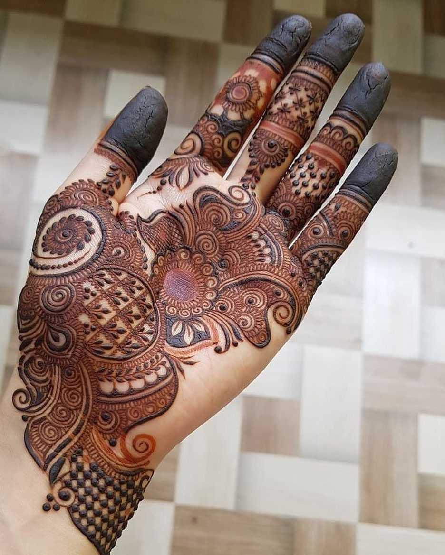 14+ Hariyali Teej Mehndi Designs To Try | Latest Hariyali Teej Mehndi Design Images