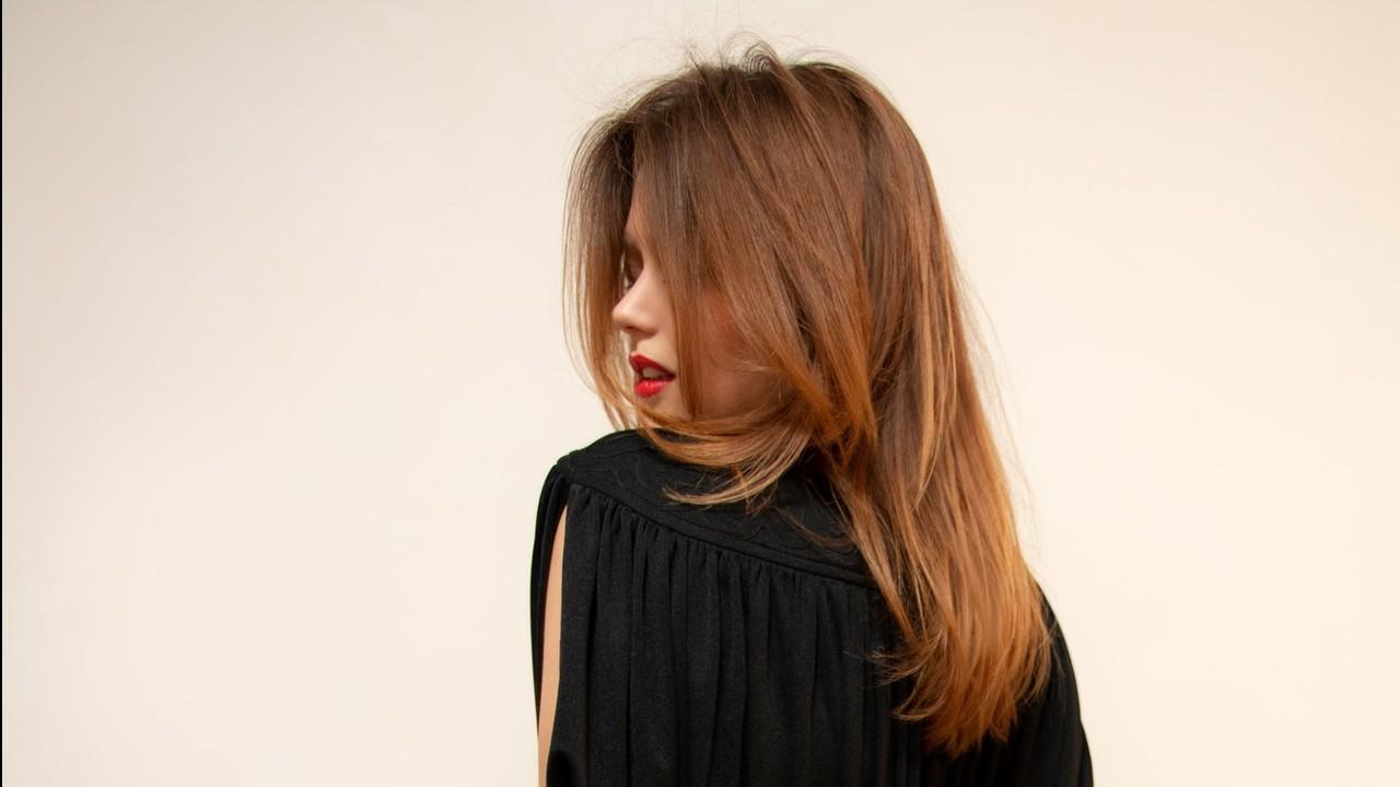 How To Moisturize Dry Hair