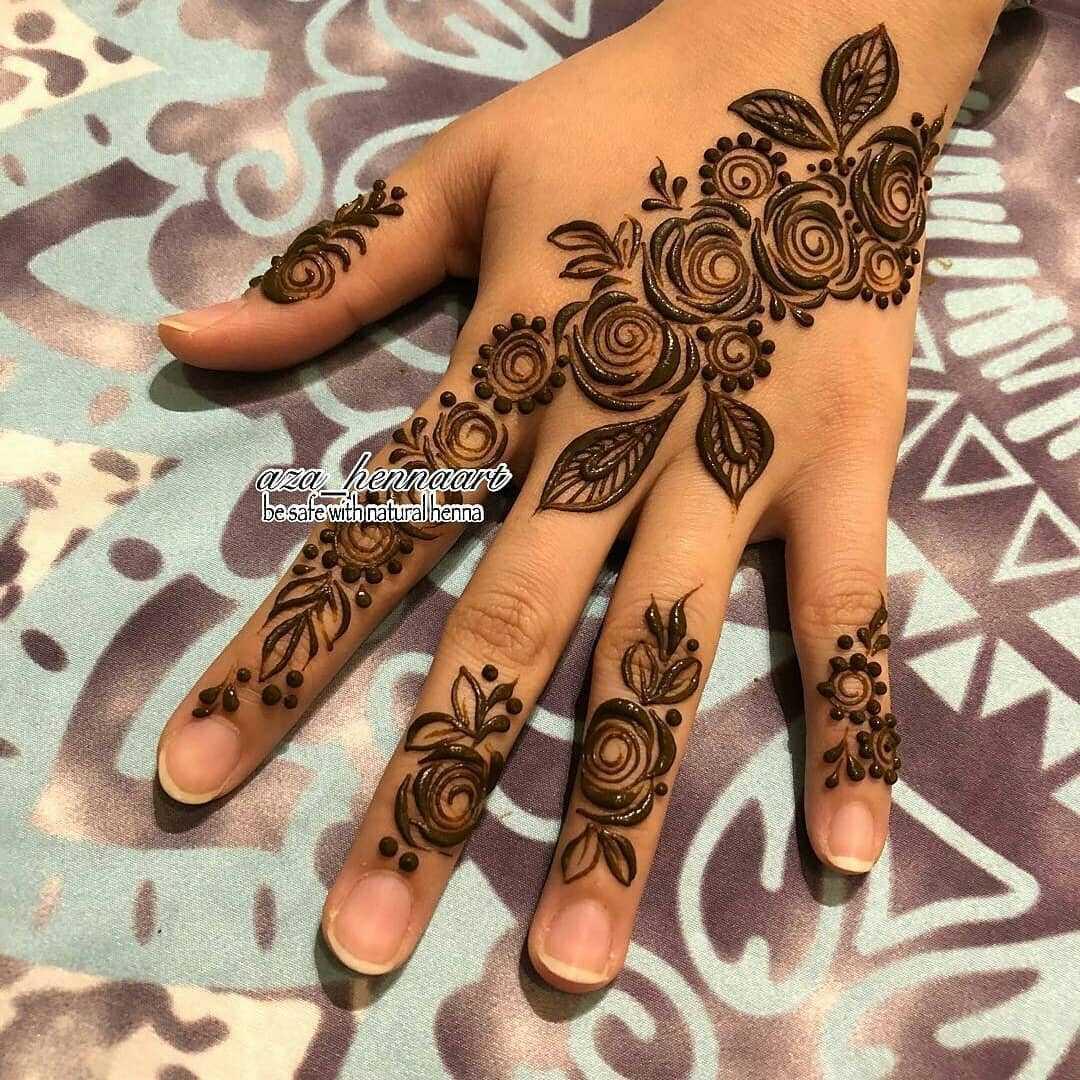 Beautiful Roses Mehndi