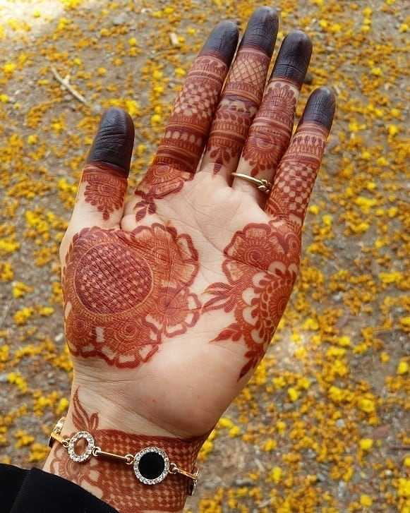 Full Palm Mehndi Design