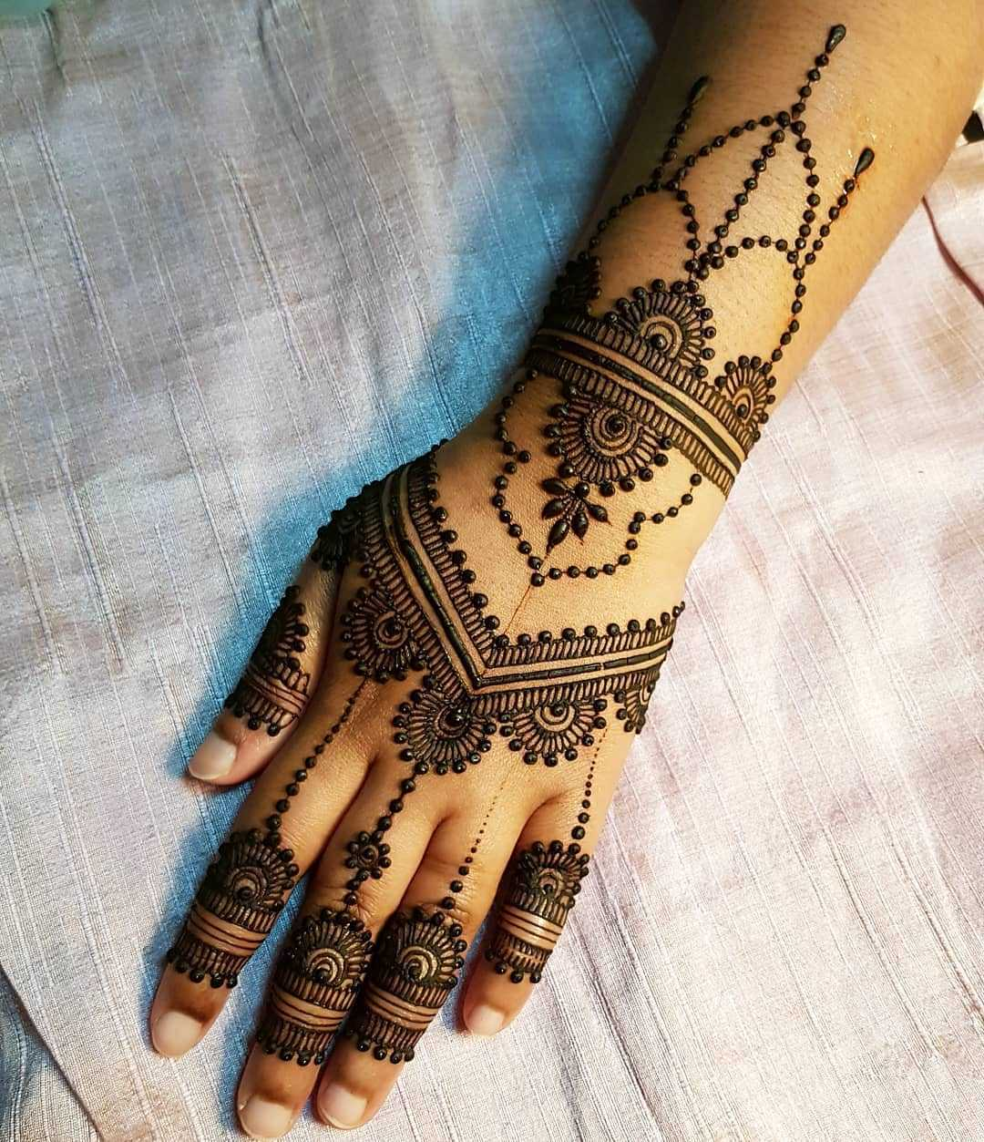 Glove Mehndi Design For Eid