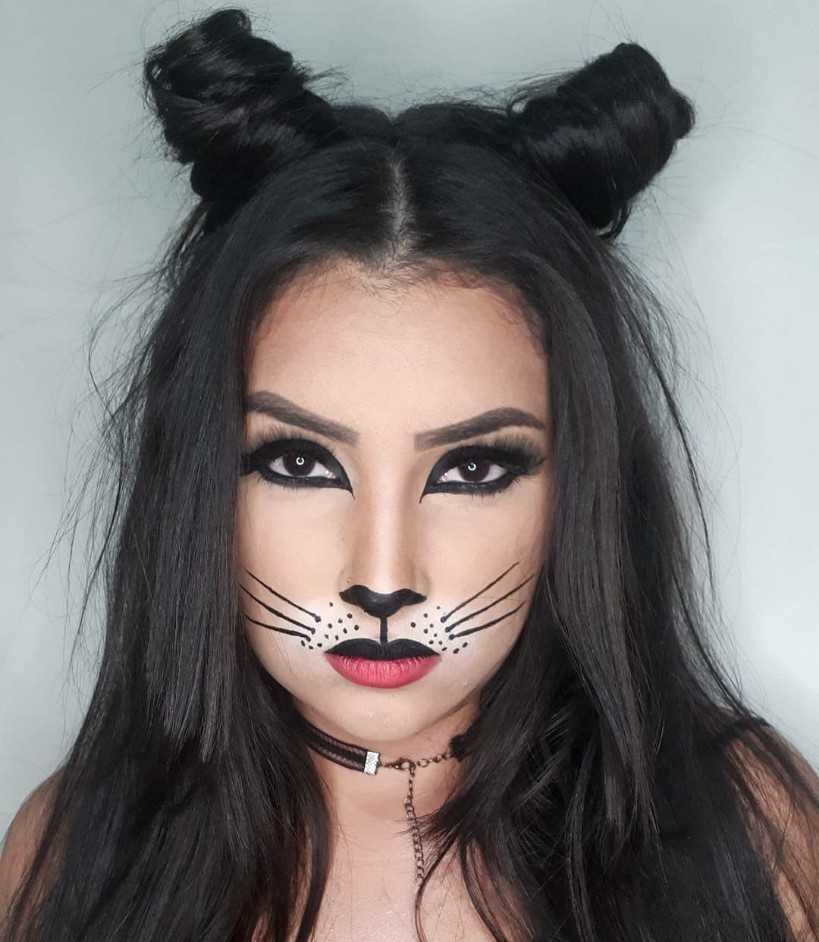 Cat Makeup Look For Halloween