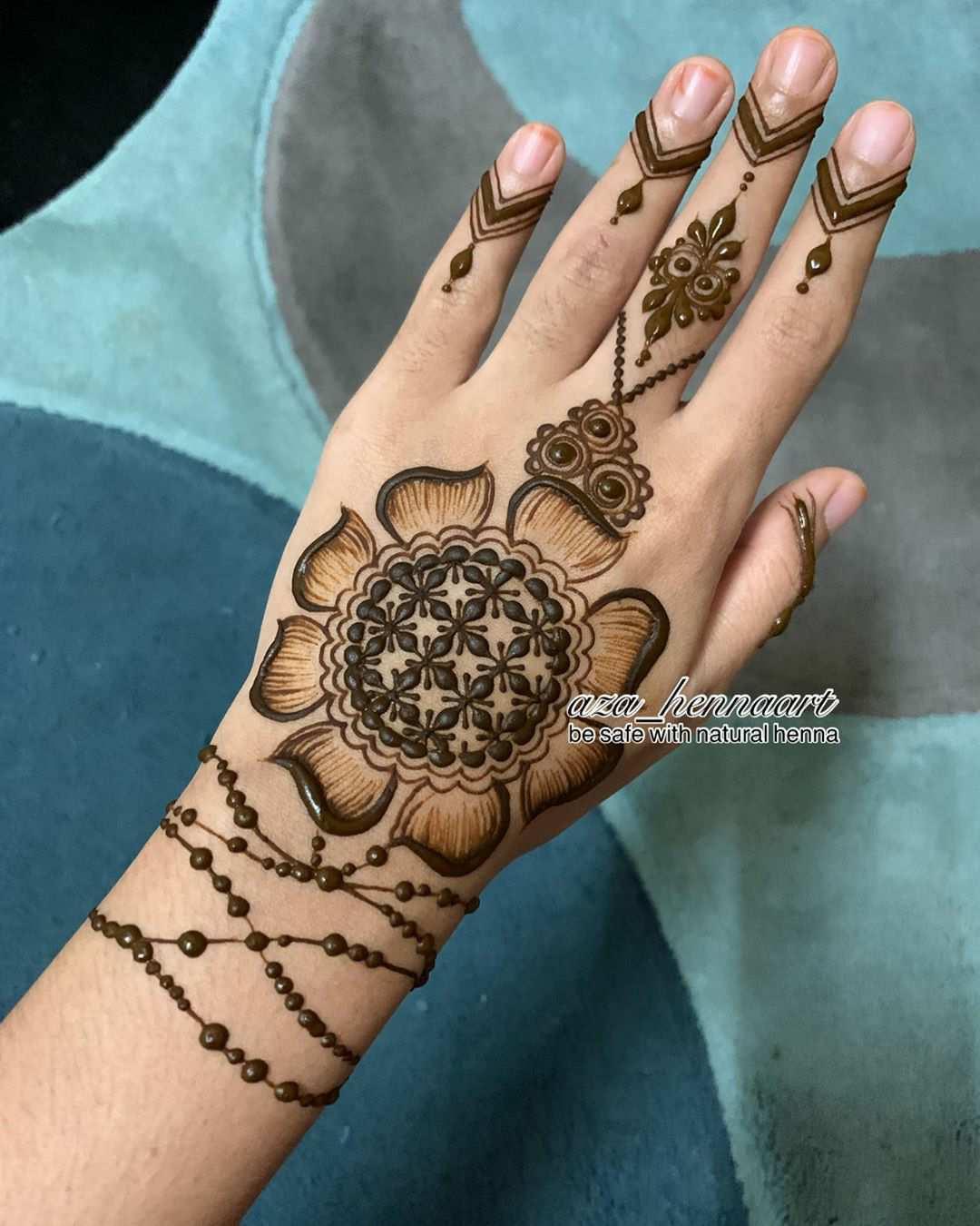 Bracelet Eid Mehndi Design