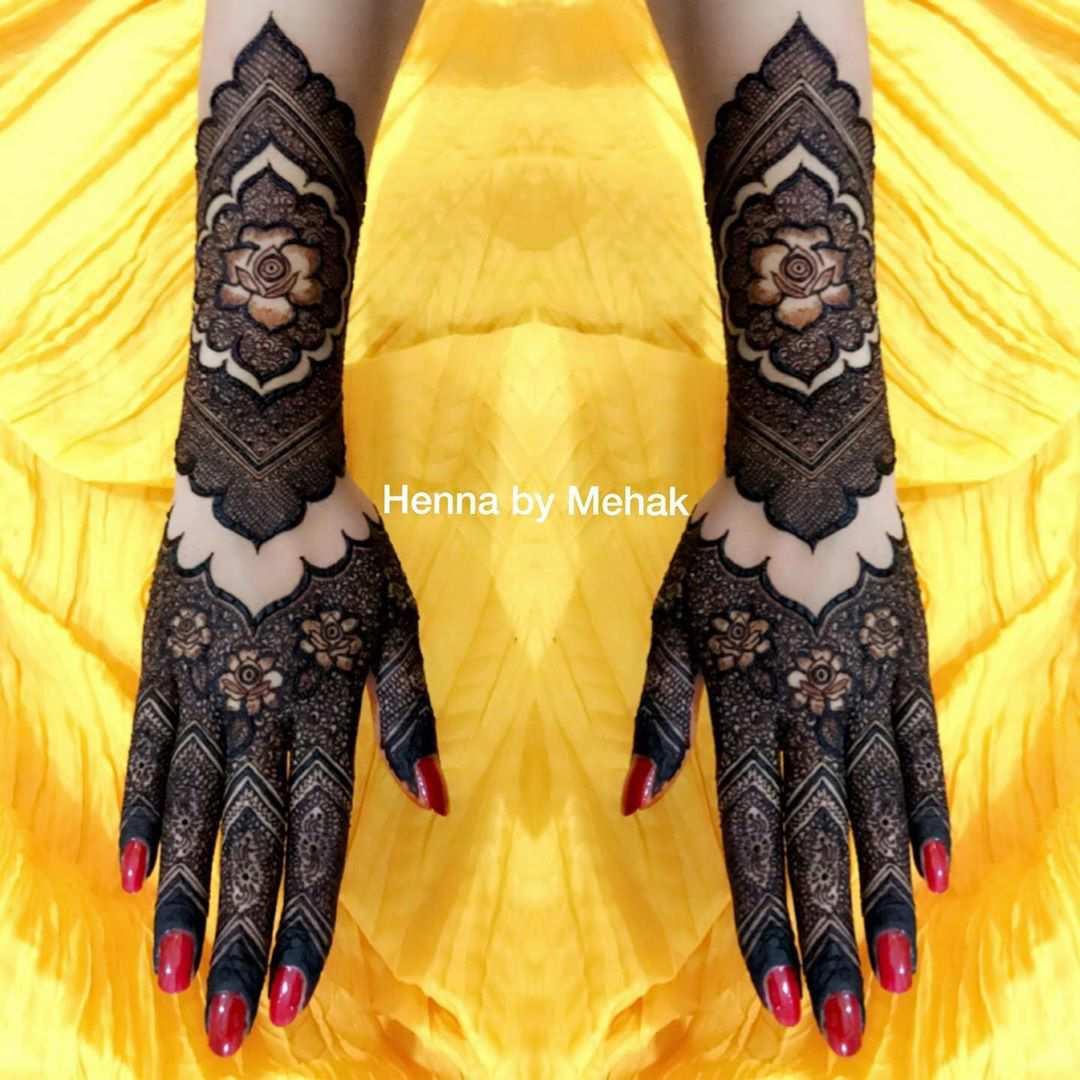 Hand Gloves Style Mehndi Design