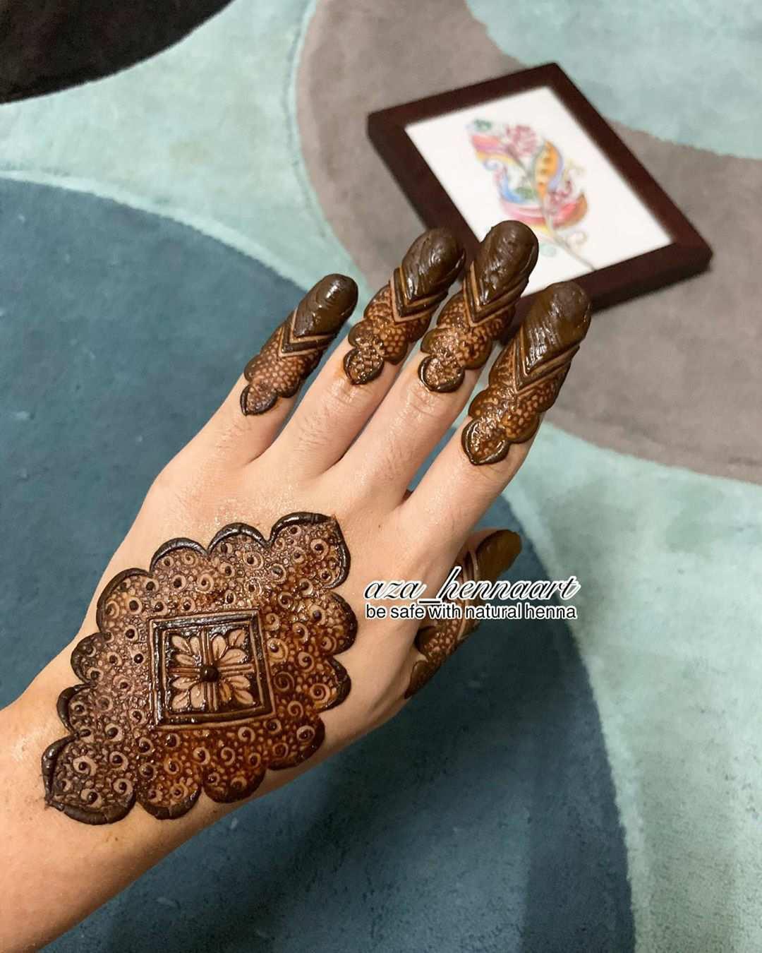 Intricate Mehndi Design For Eid 2020