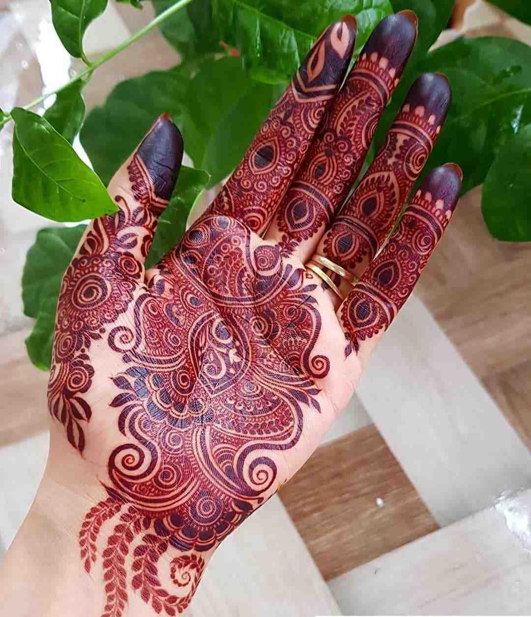 Flowers & Leaves Mehndi Design