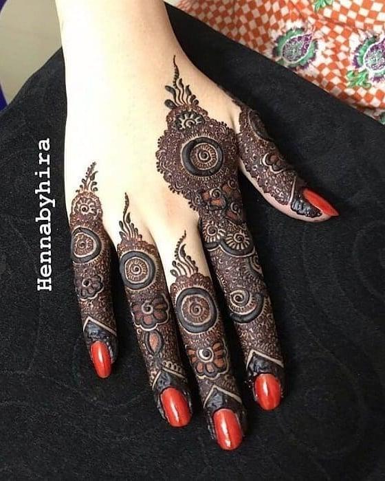 Minimal Hartalika Teej Fingers Mehndi Designs 2020