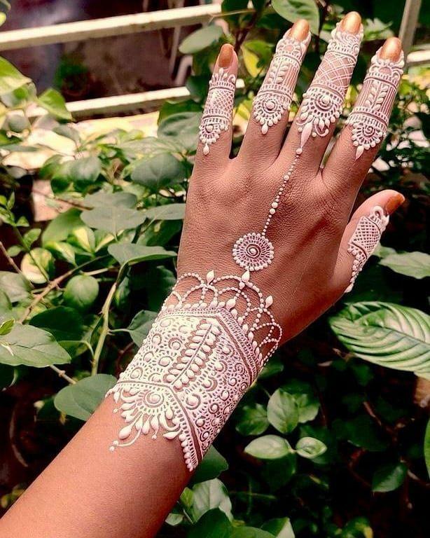 Hartalika Teej Mehndi Designs For Back Of The Hands
