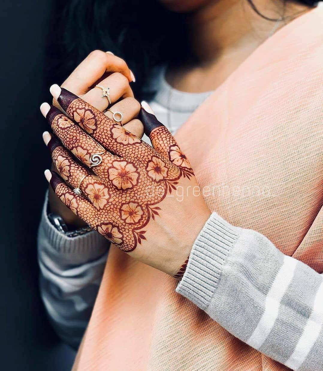 Eid-al-Fitr Henna Design Images